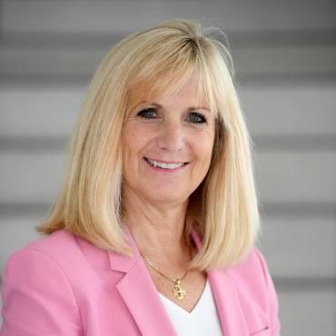 Dr. Gail Tomblin Murphy